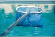 مشروع تنظيف حمامات السباحة