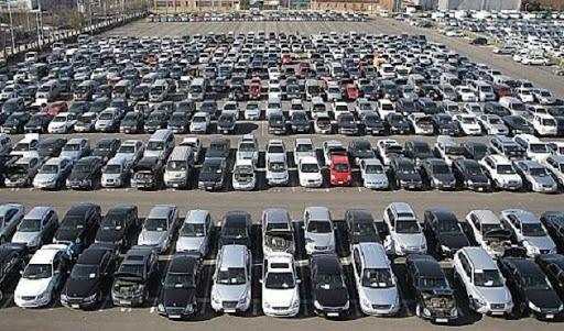 معارض السيارات .. تحقيق الثراء بأقل تكاليف
