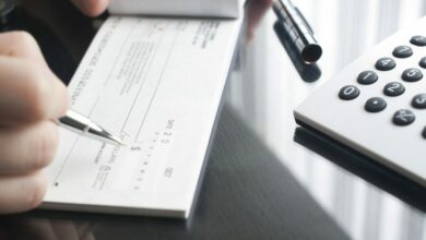 ما هو دفتر الشيكات البنكي وكيفية إصداره وأهم مزاياه